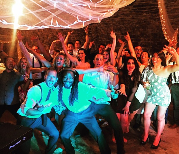 1468856078146 1373812610373926630136836358671512976064287o Toledo wedding dj