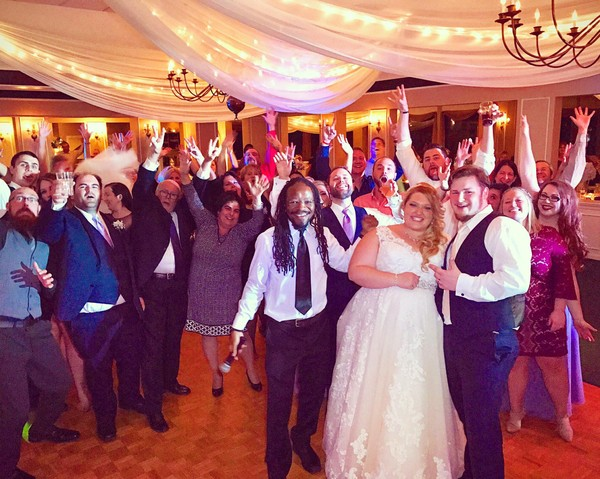 1479137125445 1455673811128989254143787662224447164400752o Toledo wedding dj