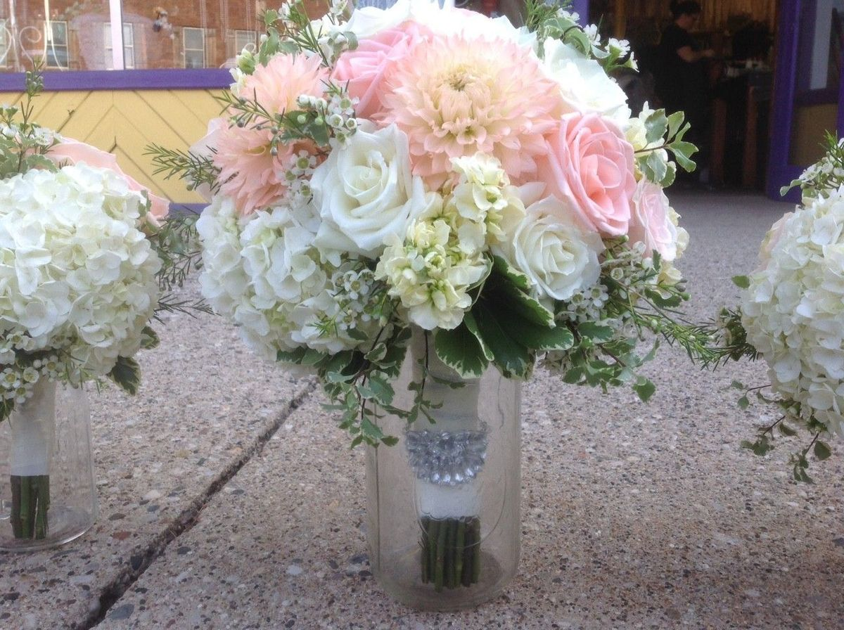 All Grand Events - Flowers - East Lansing, MI - WeddingWire