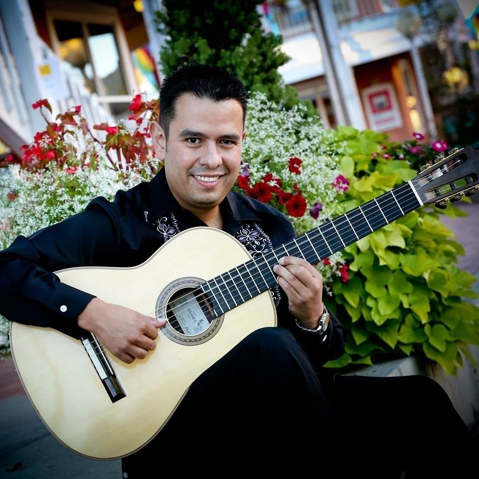 Omar Villanueva New Mexico Classical Guitarist Reviews