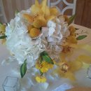 130x130 sq 1303737223595 yellowandwhiteelevatedcakeplatterdesign