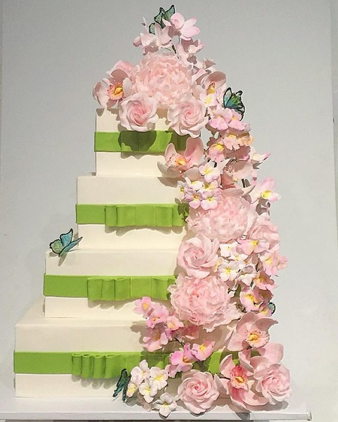 amazing wedding cakes new york cake alchemy new york ny wedding cake 10720