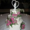 130x130_sq_1296158755706-hexagonweddingcake
