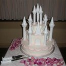 130x130 sq 1296159605987 castleweddingcakewilton