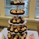 130x130 sq 1270585149336 cupcakewedding100309