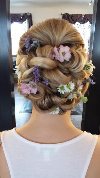 1479330103230 Flowers Denver wedding beauty