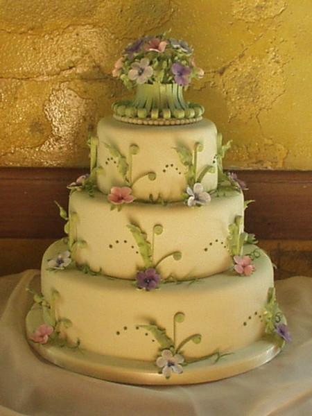 Custom Cakes In Petaluma