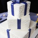 130x130 sq 1357927236997 cakewedding