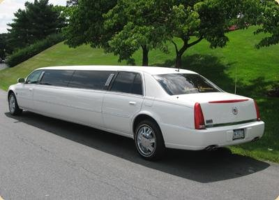 photo 5 of Vancouver Wedding Transportation  LimoLimo.ca