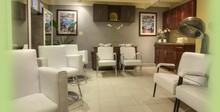 220x220 1401469252770 beauty lounge