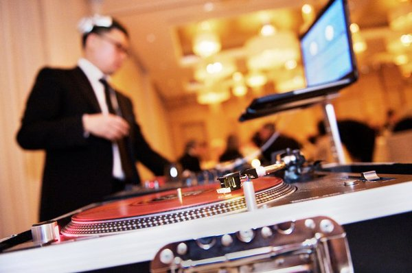 photo 1 of DJ Moe Choi