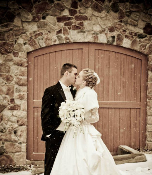 600x600 1499378448086 winter wedding