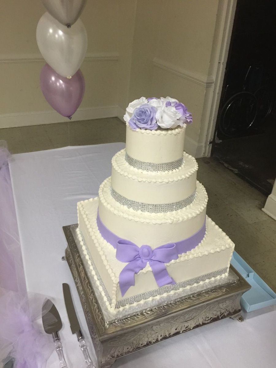sweet surprises wedding cake upper marlboro md weddingwire. Black Bedroom Furniture Sets. Home Design Ideas