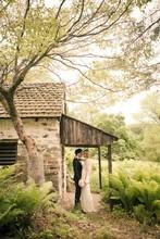 220x220 1376926220834 ashleydaniel wedding022