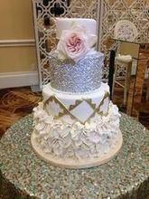 220x220 1456843143 d5323181470063ee sequin cake