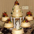 130x130 sq 1238782006031 fall2008baborstormweddingcake
