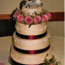 130x130 sq 1322613264338 fall2011lexiesweddingcake