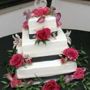 130x130 sq 1346802963396 summer2012ericksonwieseweddingcake