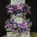 130x130 sq 1266877122698 cakes001