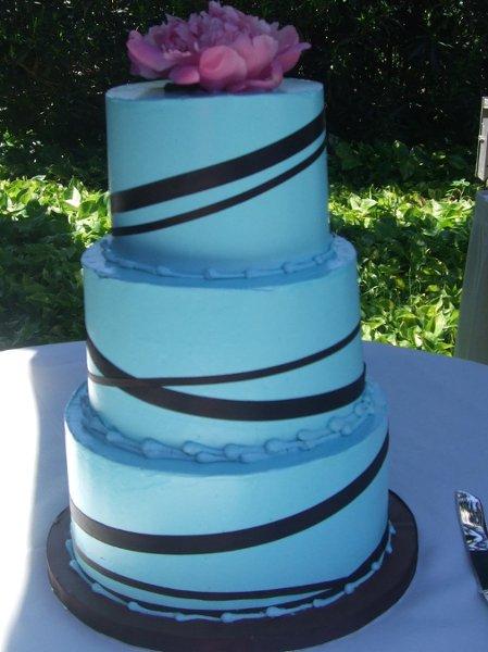 Aloha cakery llc honolulu hi wedding cake for Lucernari di hawaii llc