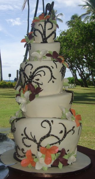 photo 74 of Aloha Cakery LLC