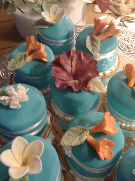 photo 67 of Aloha Cakery LLC