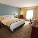 130x130 sq 1469123947900 guestroomkingprem2