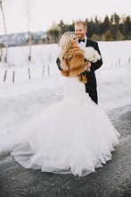220x220 1418933510780 winter couple