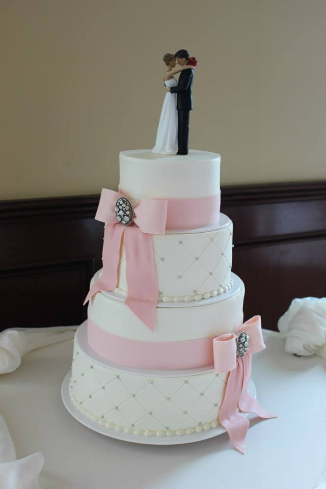 silver and pink wedding cakes modern pink silver white buttercream country club ribbon 19852