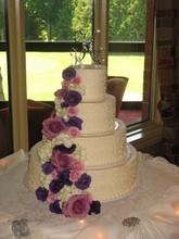 220x220 1400037184132 4 tier flower casca