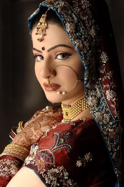 Khush Singh Celebrity Amp Bridal Makeup Artist Beauty