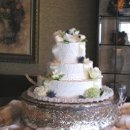 130x130 sq 1252523190012 weddingcakewithribbon