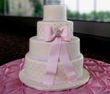 220x220 1320249720668 engagementcake