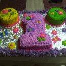 130x130 sq 1295997509691 num1con2roundcakes