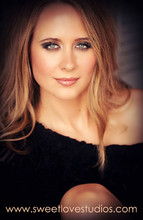 220x220_1408927999639-glamour-photography-dallas-09181