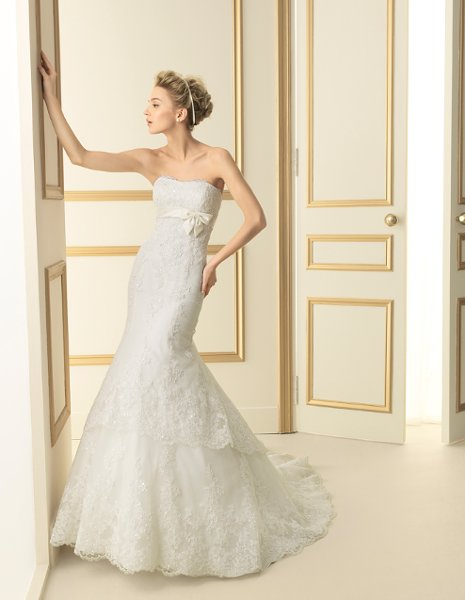 Wedding Dresses For   In Miami Fl : Stop bridal for brides to find their perfect wedding dress