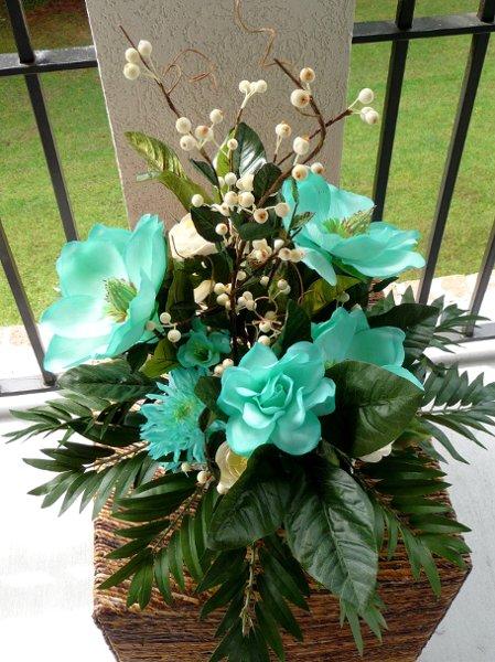 1260465295005 CopyofTealMagnolia013 Savannah Wedding Florist