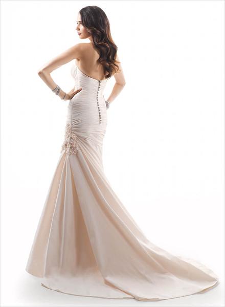 Wedding dresses near rancho cucamonga ca wedding rings for Wedding dresses rancho cucamonga