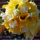 130x130 sq 1270956254670 yellowweddingbouquet