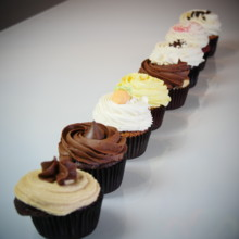 220x220 sq 1471449275653 heavenlycupcakes.cupcakes.2
