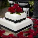 130x130 sq 1352414881774 weddingcake