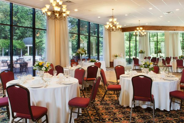 photo 4 of Weddings by Doubletree Charlottesville