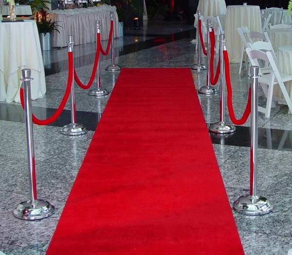 600x600 1404151862867 eggsotic events hollywood decor 1