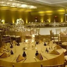 Dj mavi productions dj middletown oh weddingwire for Decor international middletown oh