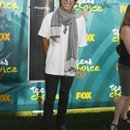 130x130 sq 1252793032802 teenchoiceawards2009arrivalsv8tcxwxifgl