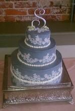 220x220_1409091829215-lace-cake1