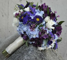 220x220_1386134678349-purple--blue-bouque