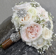220x220 1422077003944 vintage glam bouquet