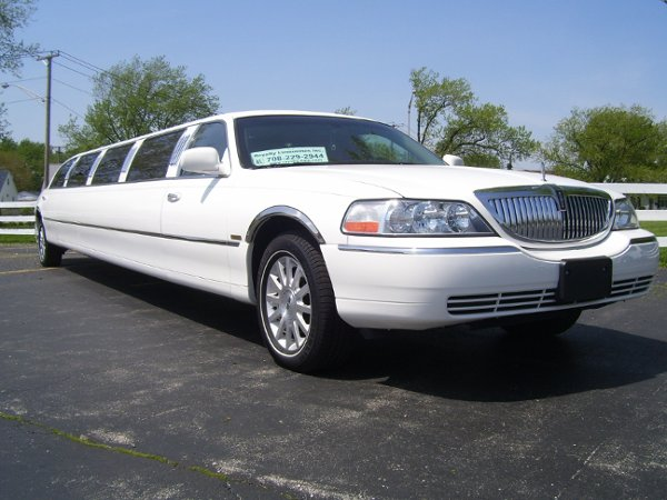 photo 9 of Royalty Limousines Inc.