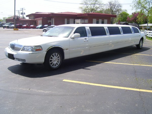 photo 12 of Royalty Limousines Inc.